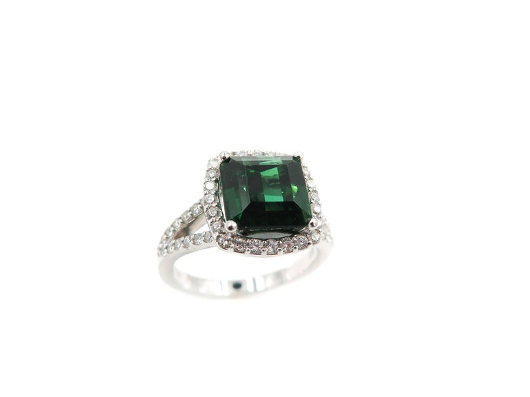 Women's Green Tourmaline Diamond White Gold Ring For Sale