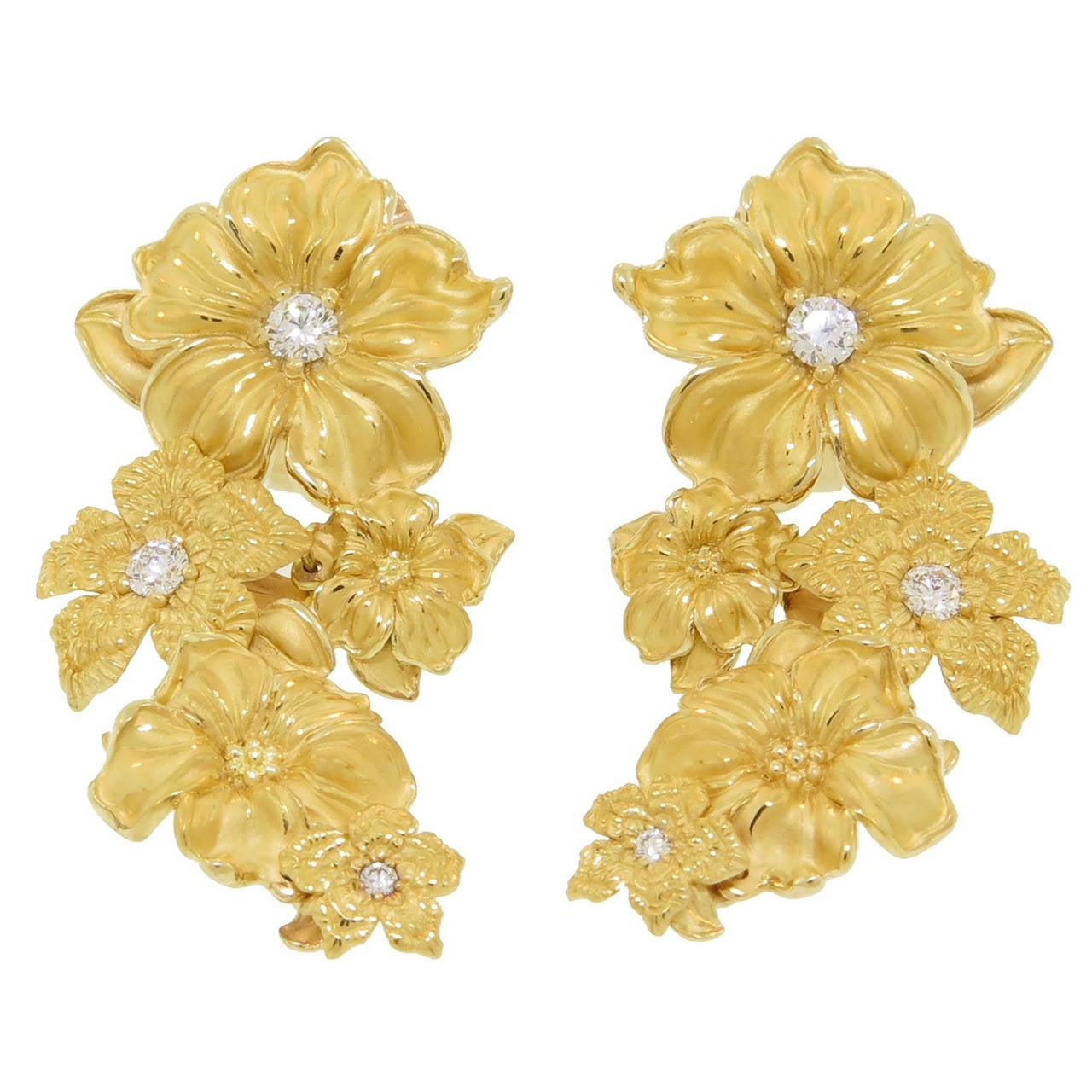 Carrera Y Diamond Gold Emperatriz Maxi Flower Earrings For