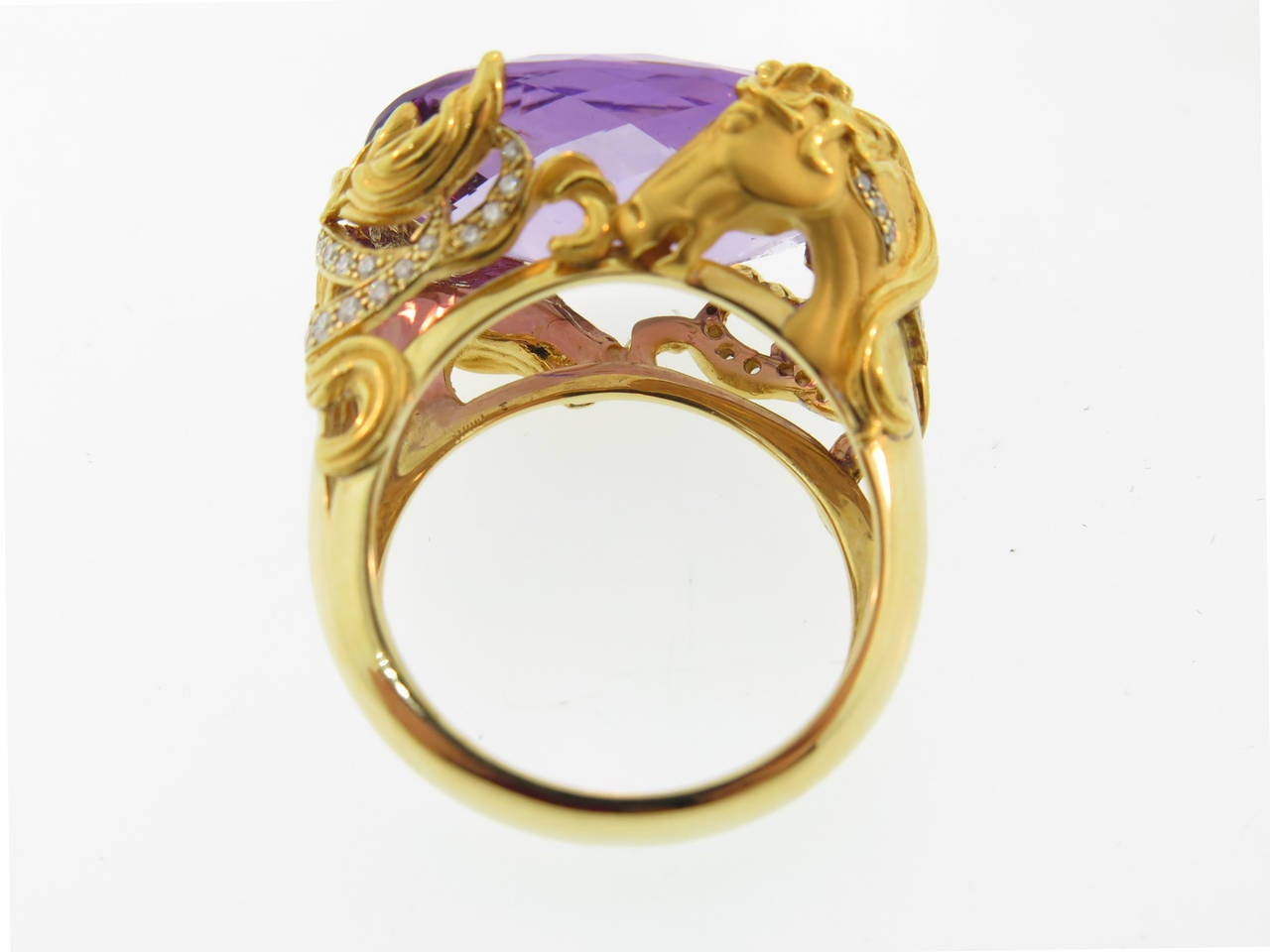 Carrera & Carrera Amethyst Diamond Gold Equestrian Ring In As new Condition For Sale In Greenwich, CT