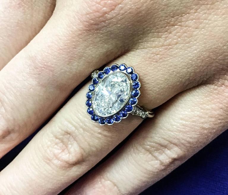 Stunning 3.37 Carat Oval Diamond Sapphire Gold Ring 8