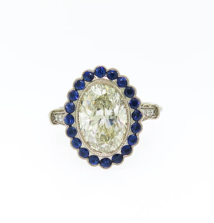 Stunning 3.37 Carat Oval Diamond Sapphire Gold Ring 2