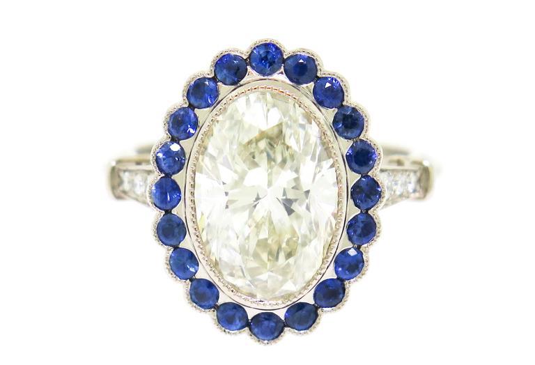 Stunning 3.37 Carat Oval Diamond Sapphire Gold Ring 6
