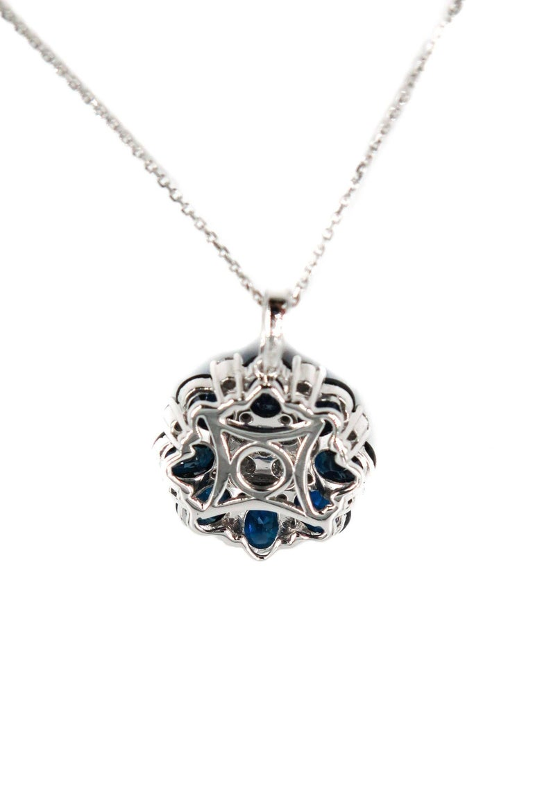 Sapphire and Diamond White Gold Pendant In New Condition For Sale In Greenwich, CT