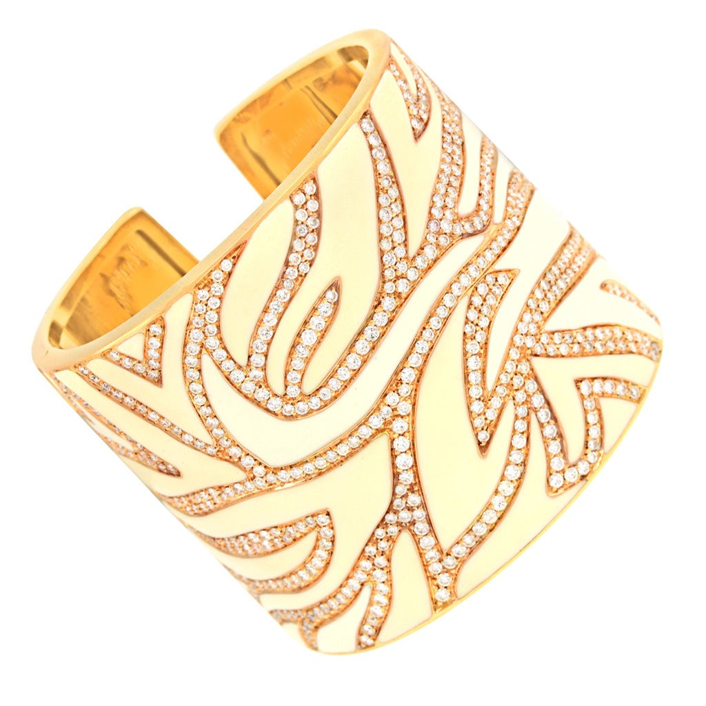 Elegant White Enameled Gold Cuff with 12.0cttw of Diamonds 9
