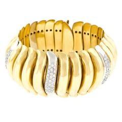 Italian Design Diamond-Set Chunky Gold Bracelet
