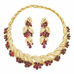 Adler No Heat Ruby Diamond Gold Necklace and Earrings