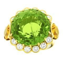 20 Carat Peridot Citrine Diamond Gold Ring