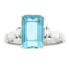 Aquamarine and White Gold Ring