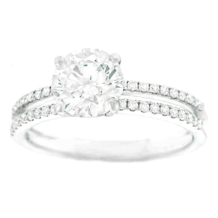 1.40 Carat F VS Diamond Engagement Ring GIA For Sale