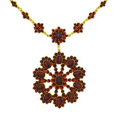 Bohemian Garnet Set Gold Necklace