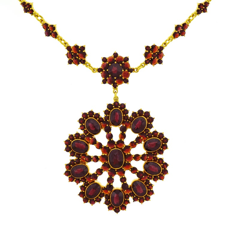 Bohemian Garnet Set Gold Necklace