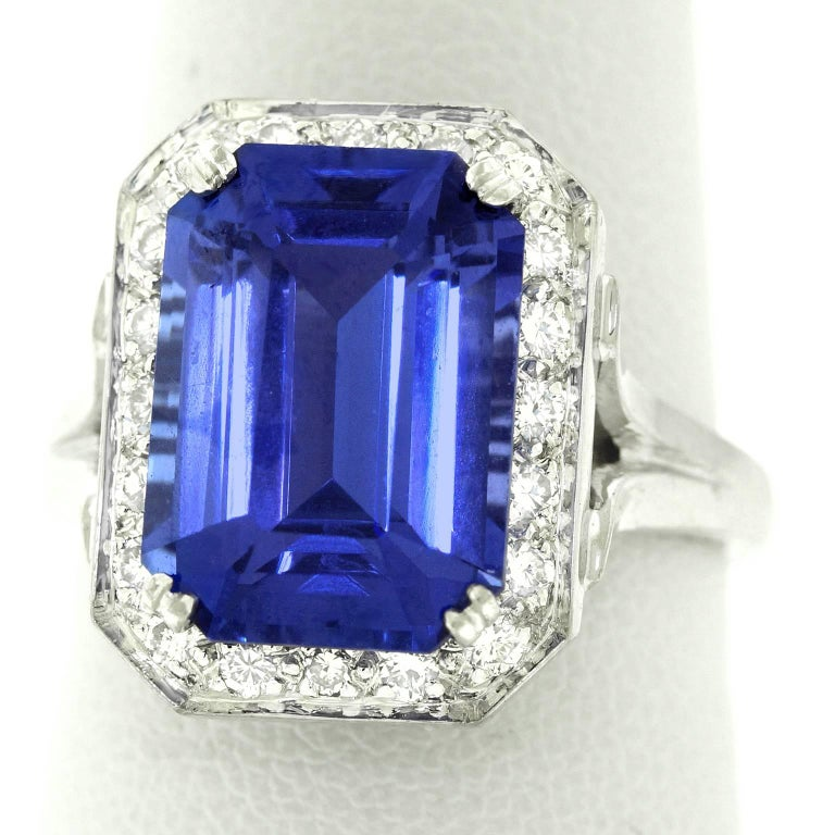 Gorgeous 7.0 Carat Tanzanite Diamond and White Gold Ring For Sale 4