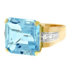 Art Deco Aquamarine and Diamond Set Gold Ring