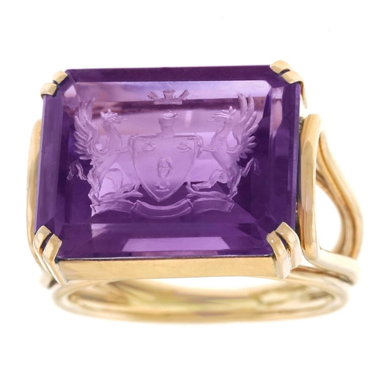 Art Deco Amethyst and Gold Signet Ring