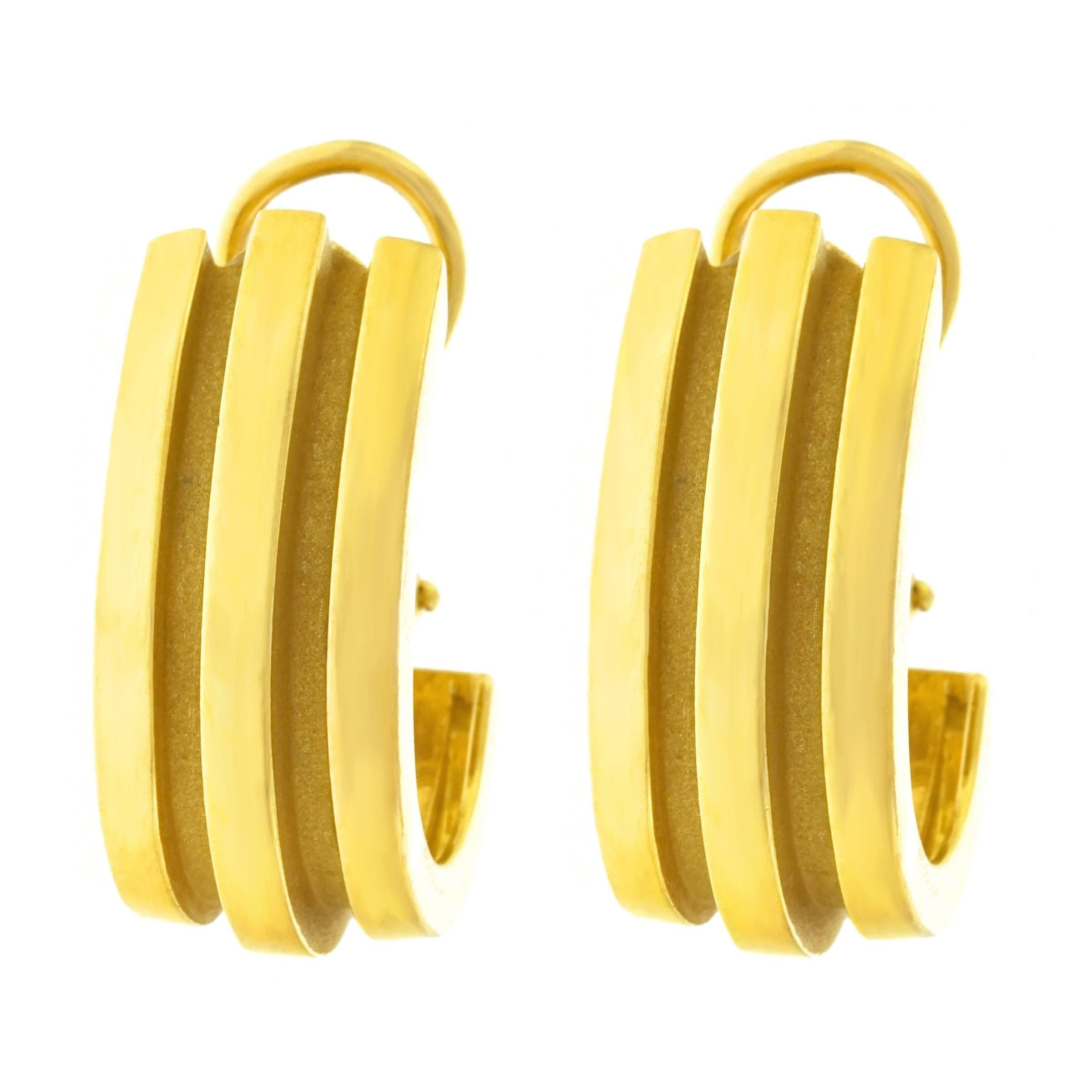 ab60ad05f Tiffany and Co. Atlas Motif Gold Earrings at 1stdibs