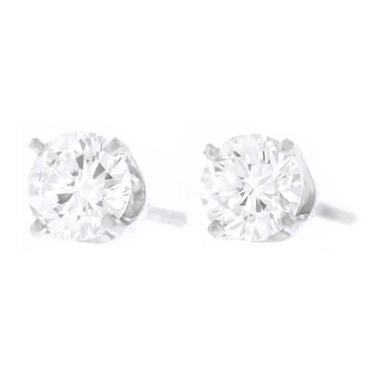 1.0 Carat Total Weight Diamond Set Gold Stud Earrings