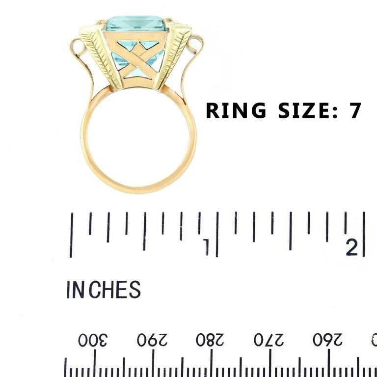 Art Deco 20.50 Carat Aquamarine Set Gold Ring For Sale 2