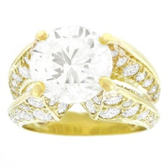Spectacular Gold Ring by Jose Hess GIA 4.22 Carat Diamond