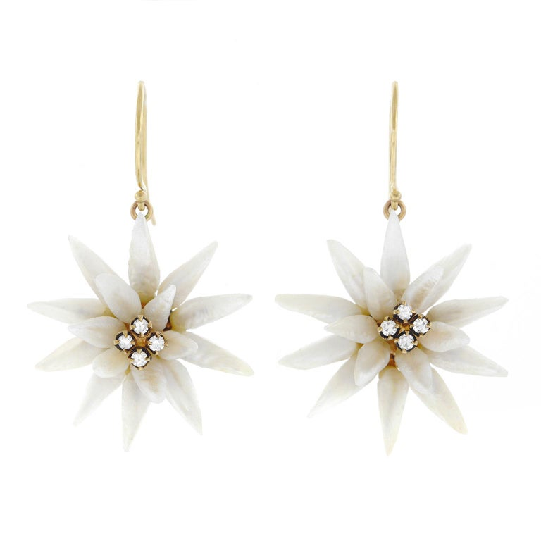 Natural River Pearl Flower Set Gold Earrings