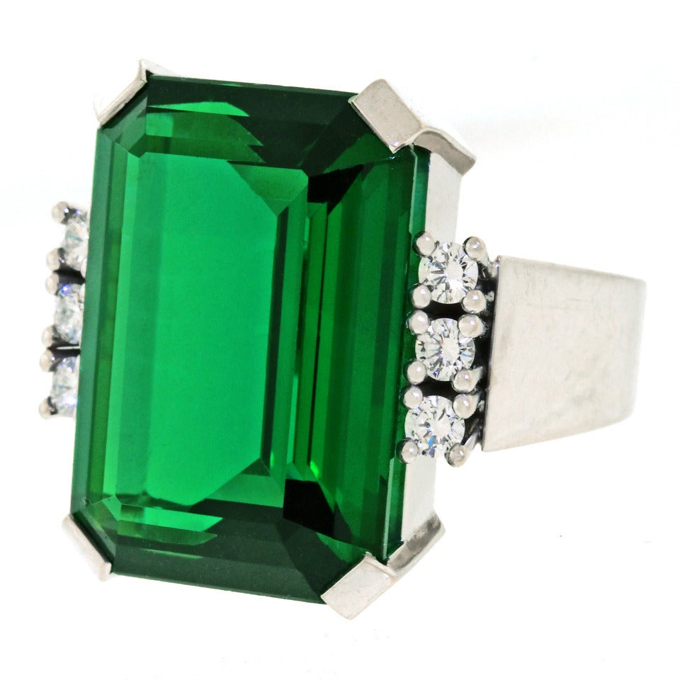 Modernist 25 Carat Tourmaline Diamond Gold Cocktail Ring In Excellent Condition For Sale In Litchfield, CT