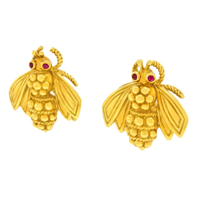 and co gold bee earrings at 1stdibs