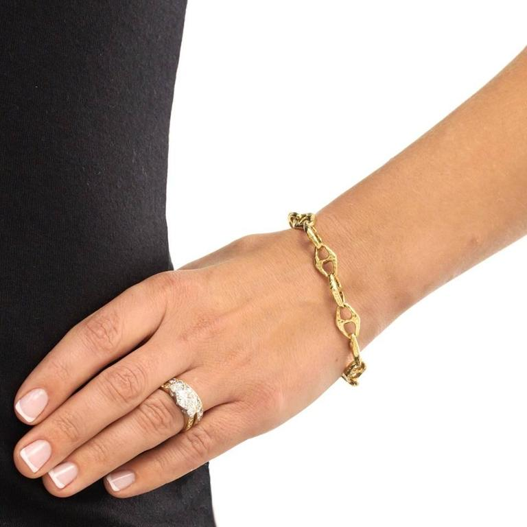 1970s Gold Anchor Chain Necklace Bracelet For Sale 4