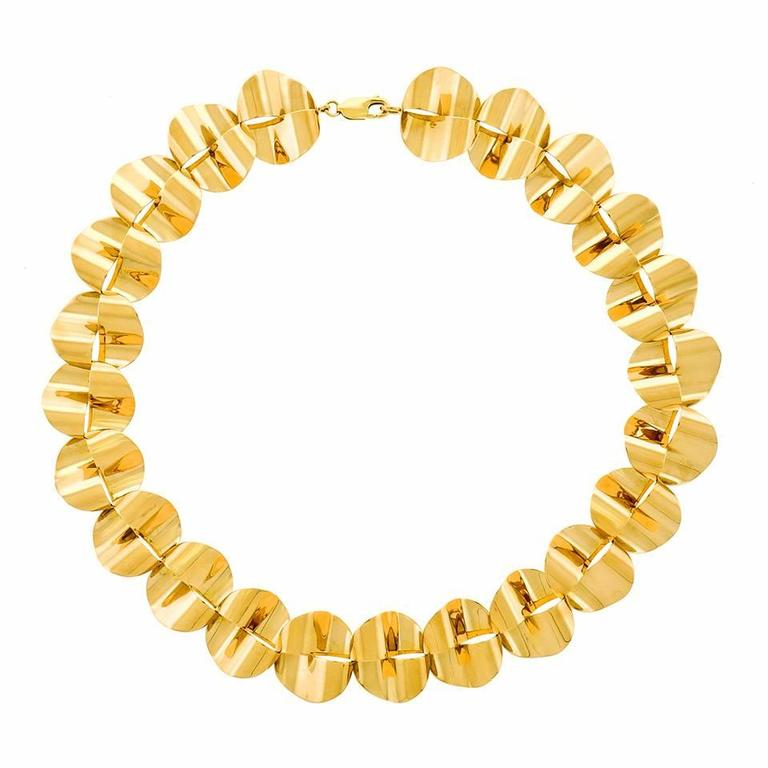 Modernist Gold Necklace by Menrad Burch In Excellent Condition For Sale In Litchfield, CT
