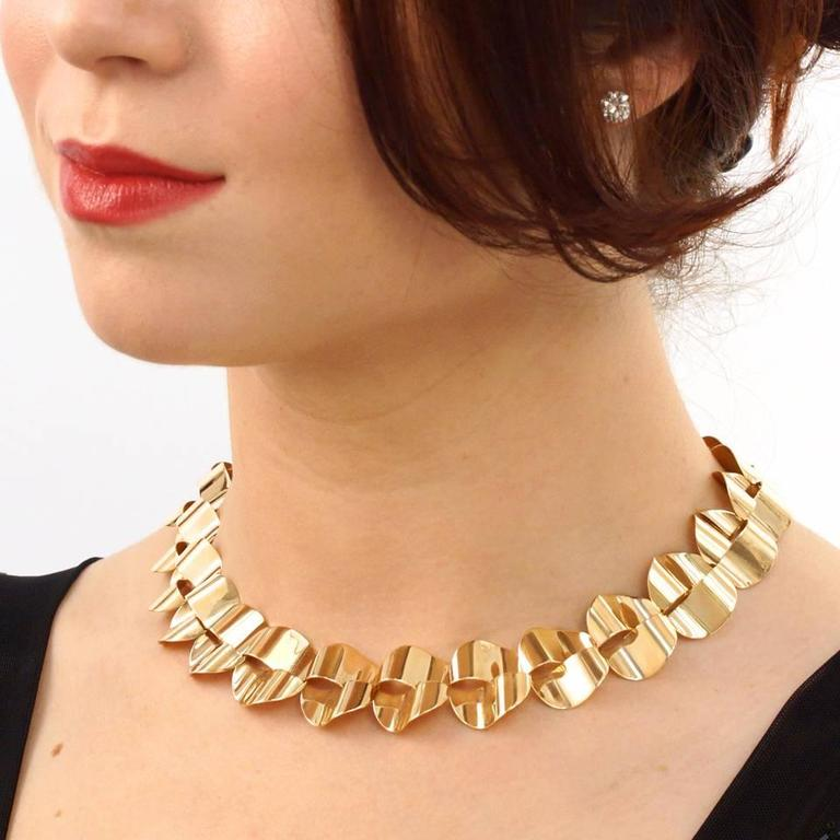 Women's Modernist Gold Necklace by Menrad Burch For Sale