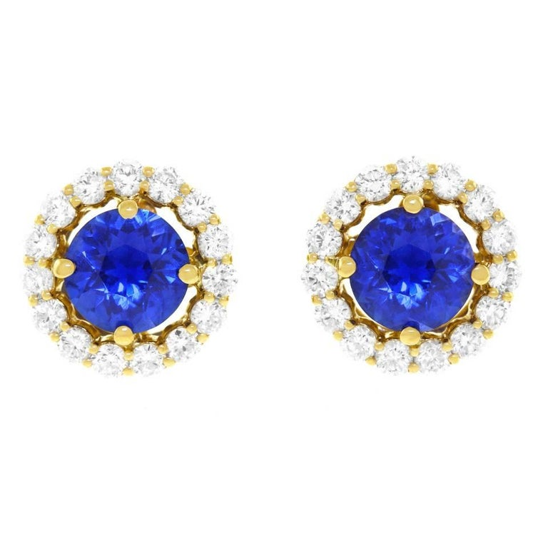 Cornflower Blue Sapphire and Diamond set Gold Earrings In Excellent Condition For Sale In Litchfield, CT