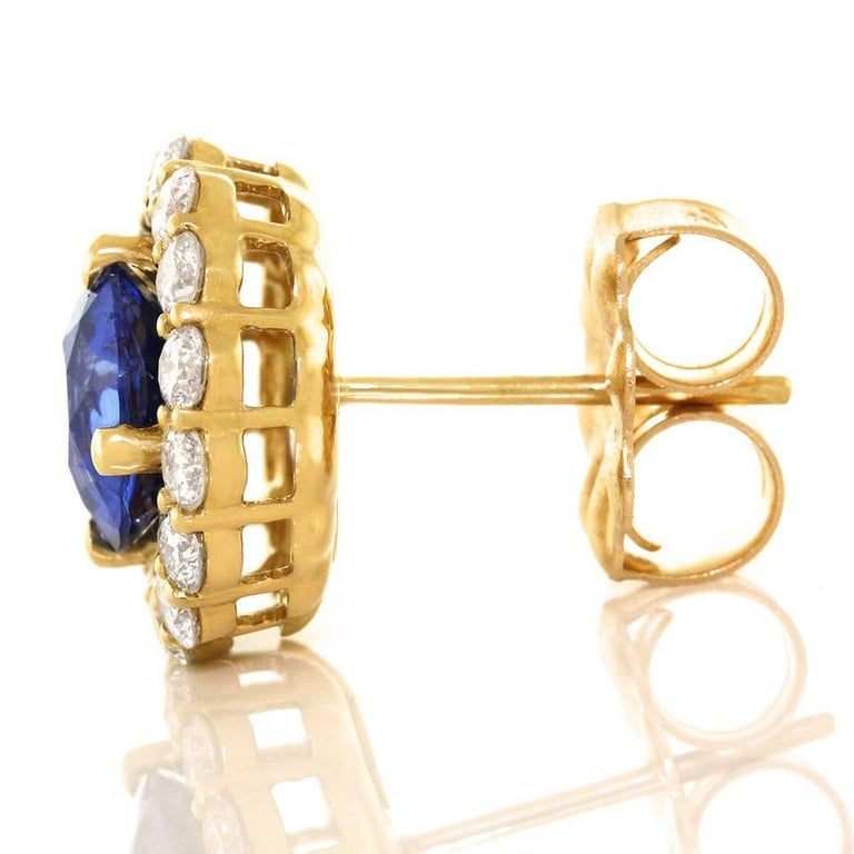 Cornflower Blue Sapphire and Diamond set Gold Earrings For Sale 3