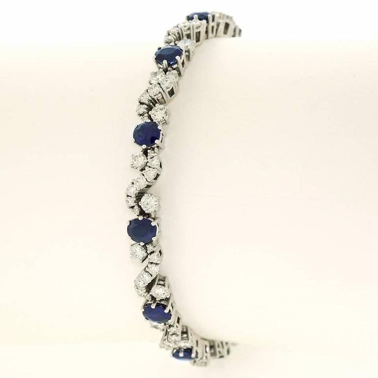 Chic 1960s Sapphire and Diamond-set White Gold Bracelet In Excellent Condition For Sale In Litchfield, CT