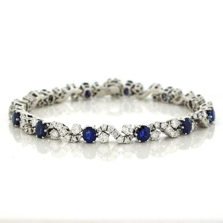 Chic 1960s Sapphire and Diamond-set White Gold Bracelet For Sale 3