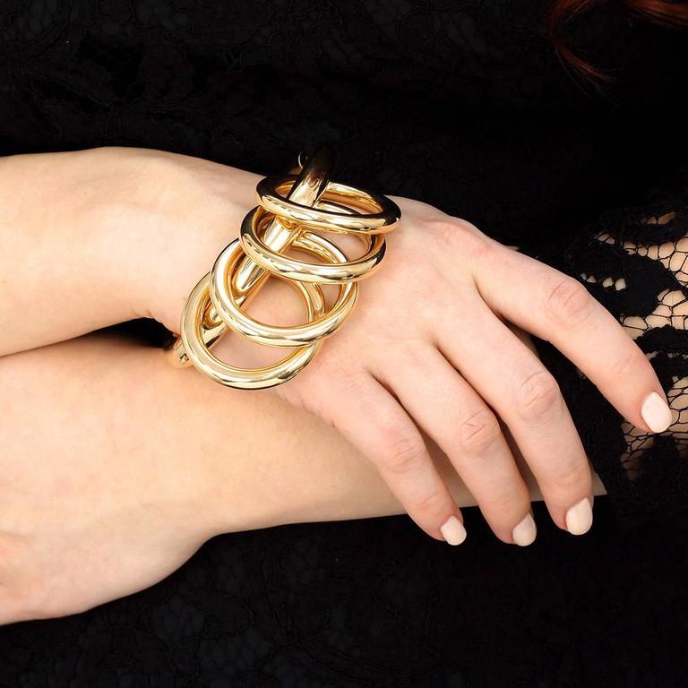 Women's Fabulous Retro Forties Gold Bracelet For Sale