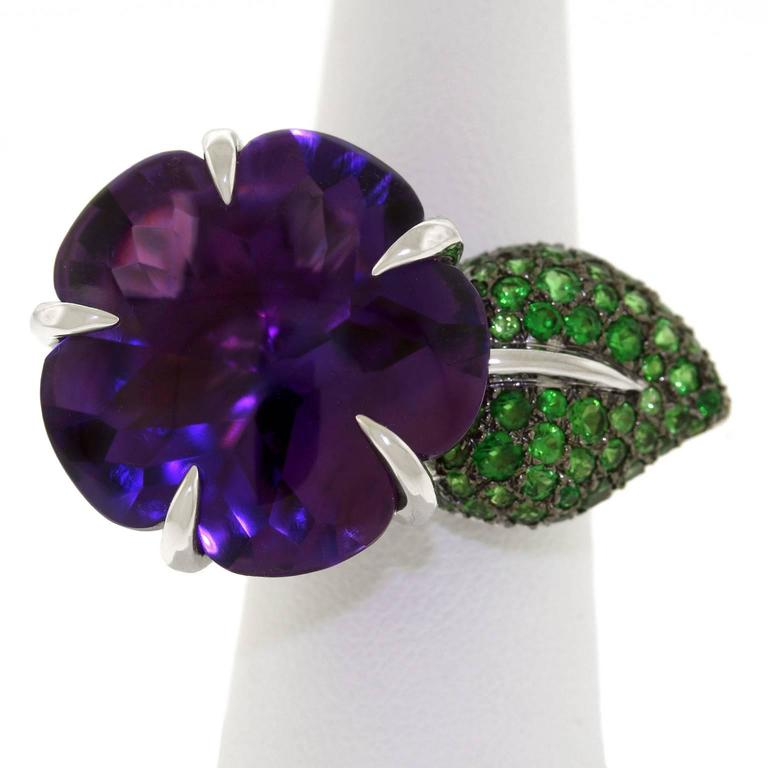 Chanel Amethyst and Tsavorite Flower Ring In Excellent Condition For Sale In Litchfield, CT