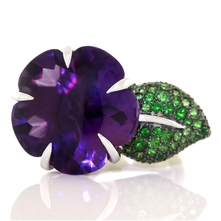 Chanel Amethyst and Tsavorite Flower Ring For Sale 5