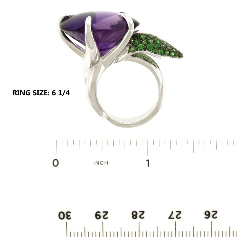 Chanel Amethyst and Tsavorite Flower Ring For Sale 2