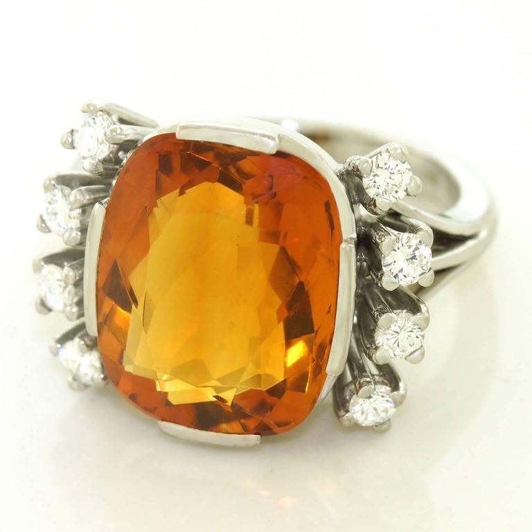 Modernist 8.5 Carat Citrine and Diamond White Gold Ring In Excellent Condition For Sale In Litchfield, CT