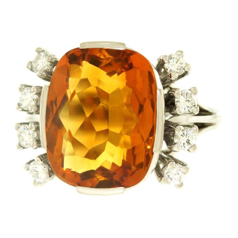 Modernist 8.5 Carat Citrine and Diamond White Gold Ring For Sale 4
