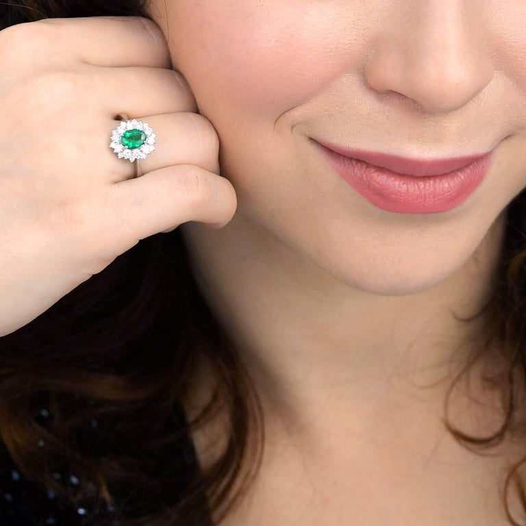Vibrant Emerald and Diamond Ring in White Gold 4
