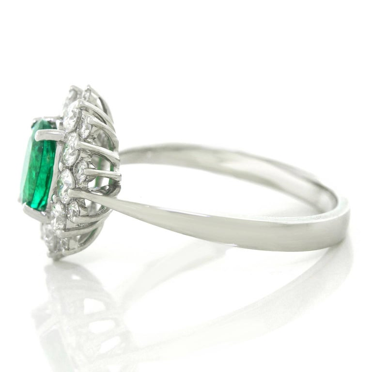 Vibrant Emerald and Diamond Ring in White Gold 7