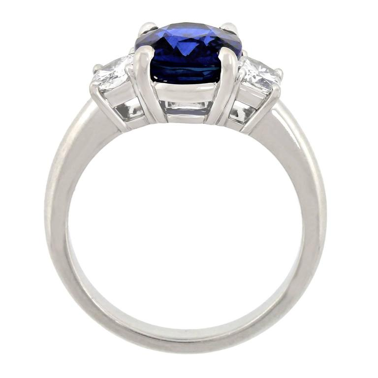 2.50 Carat Sapphire, Diamond and Platinum Ring GIA Certified For Sale 5