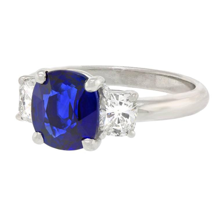 2.50 Carat Sapphire, Diamond and Platinum Ring GIA Certified For Sale