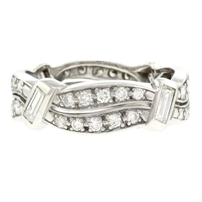 1960s Unusual Diamond-Set Platinum Band Ring In Excellent Condition For Sale In Litchfield, CT