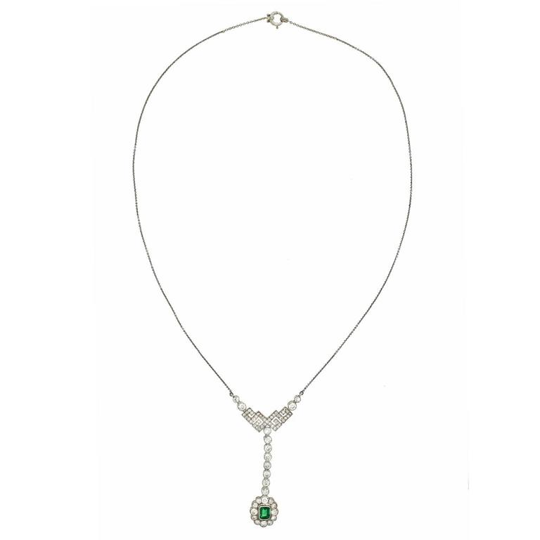 Art Deco Emerald Diamond Gold Necklace 3