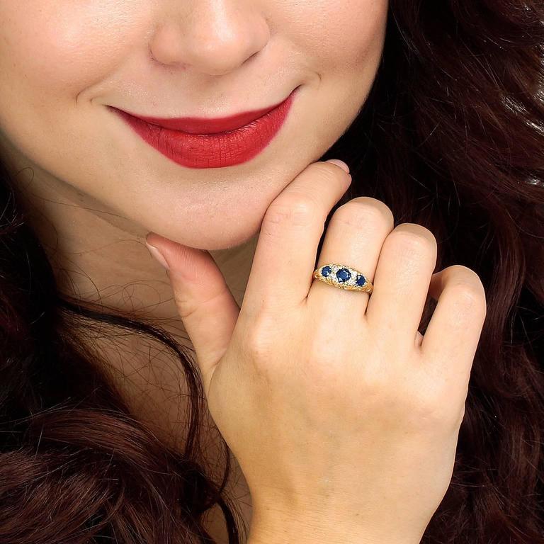 Classic Sapphire Diamond Gold Ring 4