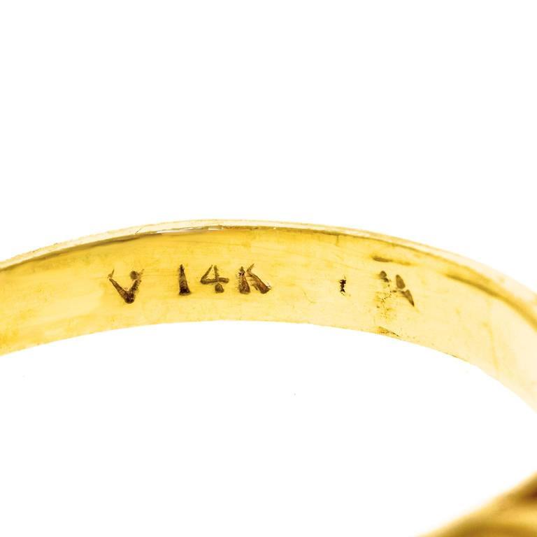 Classic Sapphire Diamond Gold Ring 5