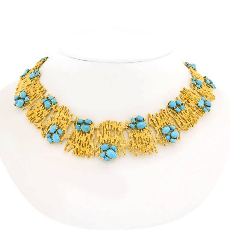 Modernist Persian Turquoise and Gold Necklace In Excellent Condition For Sale In Litchfield, CT