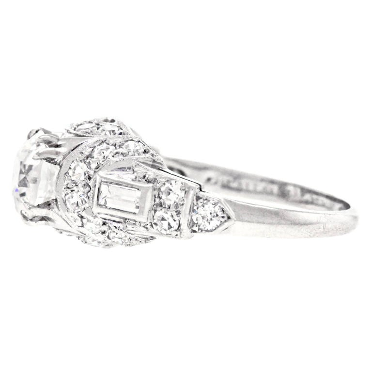 Art Deco Diamond and Platinum Engagement Ring 8