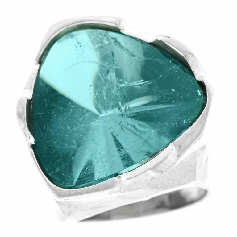 Spectacular Brutalist 30 Carat Blue Tourmaline and White Gold Ring 3