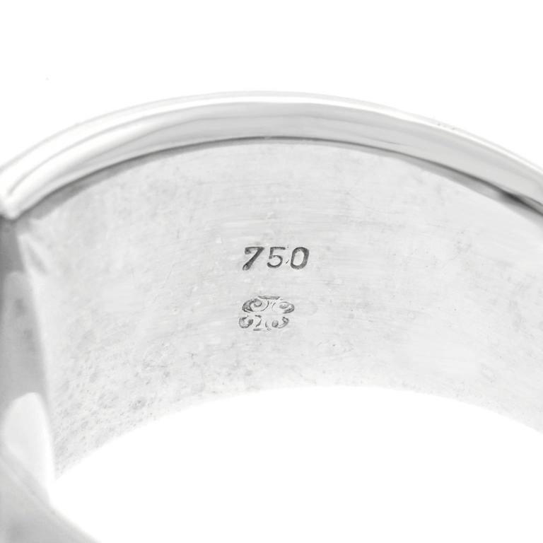 16 Carat Aquamarine and Diamond Modernist Ring For Sale 1